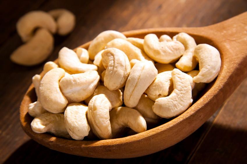 Чем полезен орех кешью?