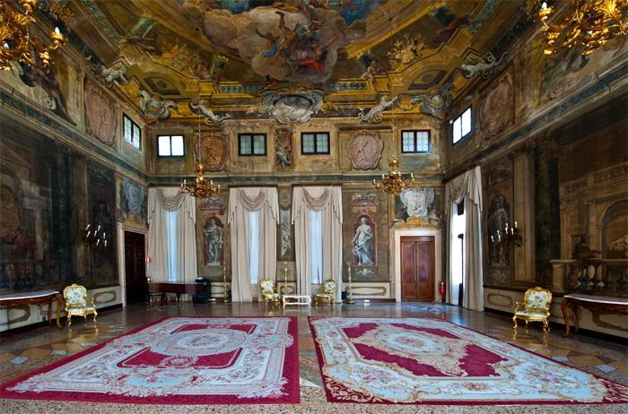 Дворец Ка-д'Оро, Венеция, Италия