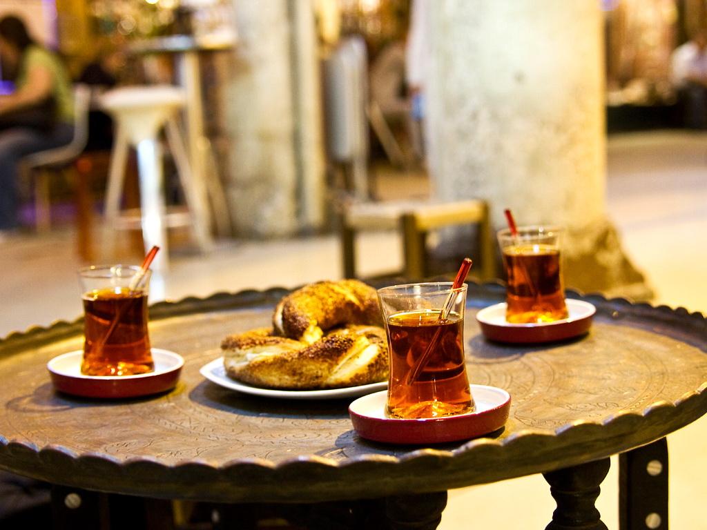 Что попробовать в Стамбуле: турецкий чай