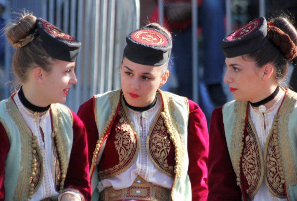 Сувениры из Черногории - атрибуты национальной одежды, капа