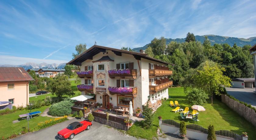 Недорогие отели Китцбюэля - Hotel Garni Entstrasser 3*