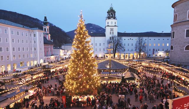 Рождественская ярмарка в Зальцбурге на Резиденцплатц