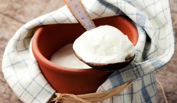 Завтраки в болгарских отелях - йогурт «Кисело мляко»
