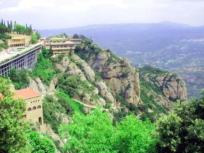 Однодневные экскурсии из Барселоны - Монсеррат экскурсии из Барселоны? Куда можно съездить из Барселоны? 10 near montserrat