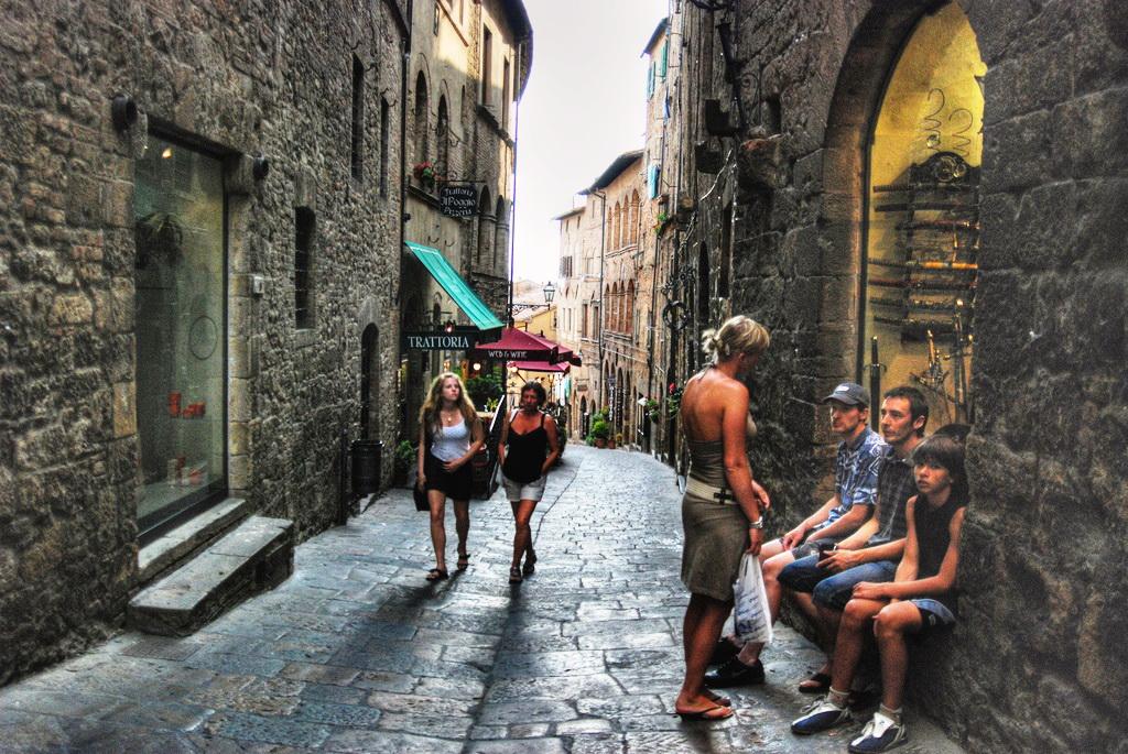 Города Тосканы - Вольтерра, Италия