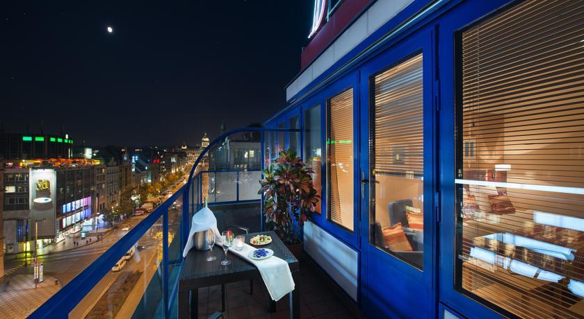 Отели на Вацлавской площади - EA Hotel Julis 4*
