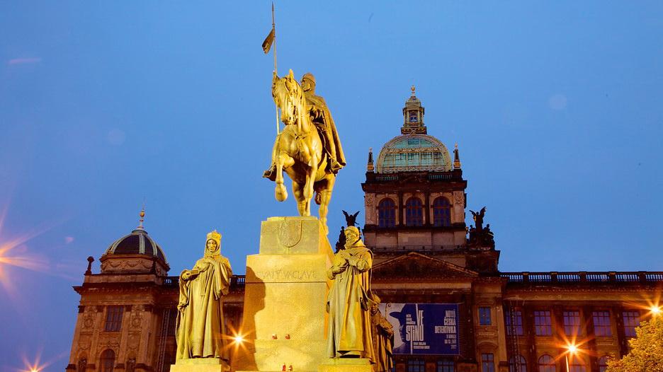 Конный памятник на Вацлавской площади, Прага