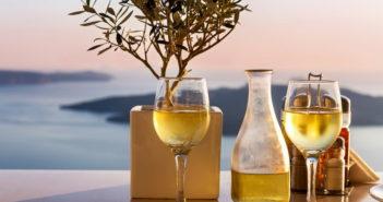 Греция - гастрономическая экскурсия: дегустация вулканических вин на Санторини