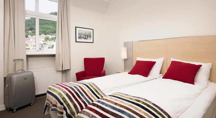 Недорогие отели в центре Бергена - Scandic Strand