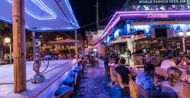 Площадь Айя-Напы, Кипр