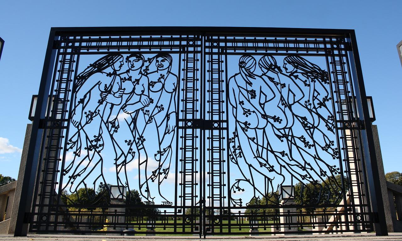 Центральный вход в Парк скульптур Вигеланда