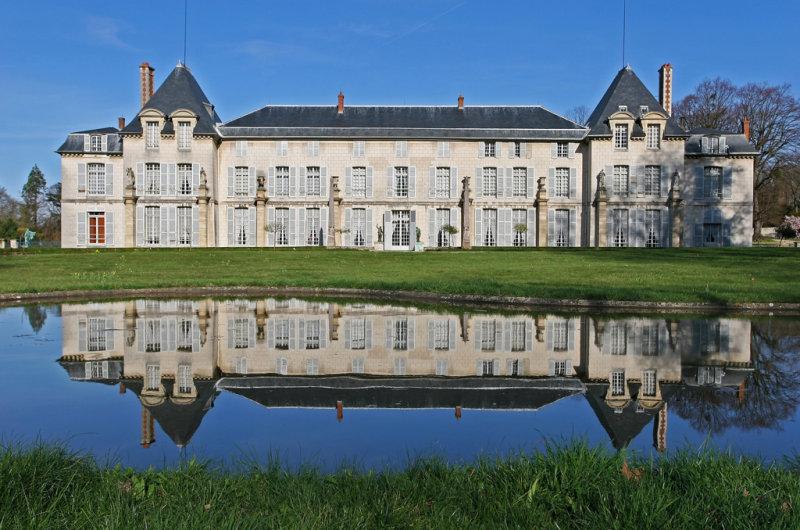 Куда съездить из Парижа: замок Мальмезон