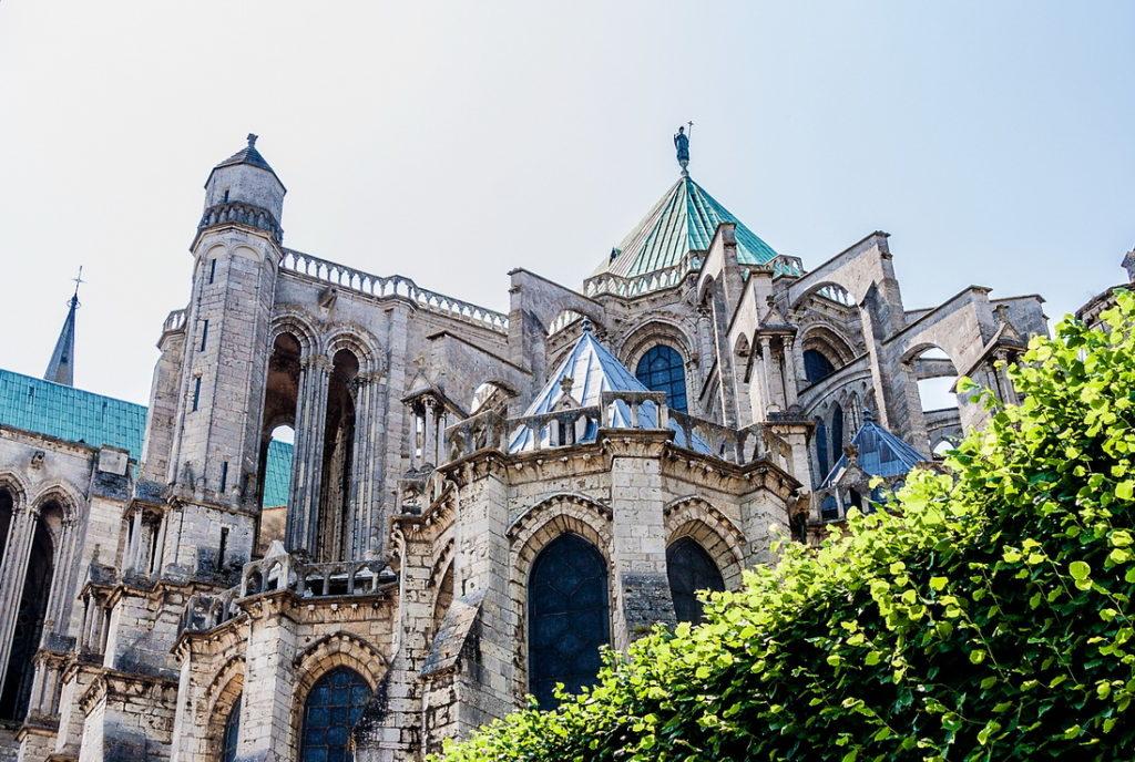 Однодневные экскурсии из Парижа: Шартр и Шартрский собор париж Лучшые экскурсии из Парижа paris excursions 6 1024x688