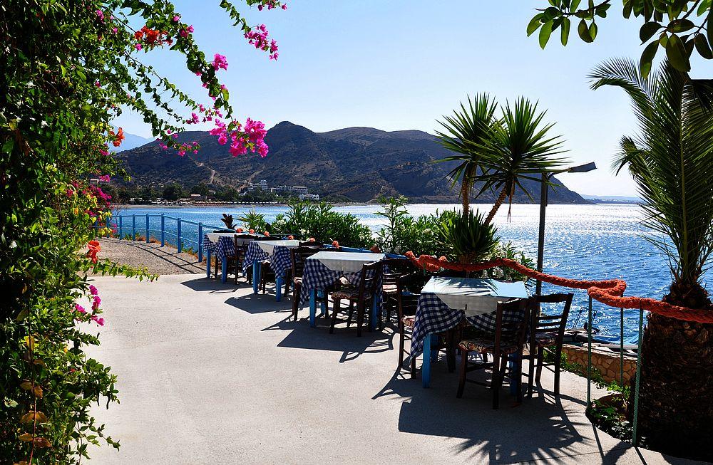 Отдых в Агиа Галини: ресторан на набережной