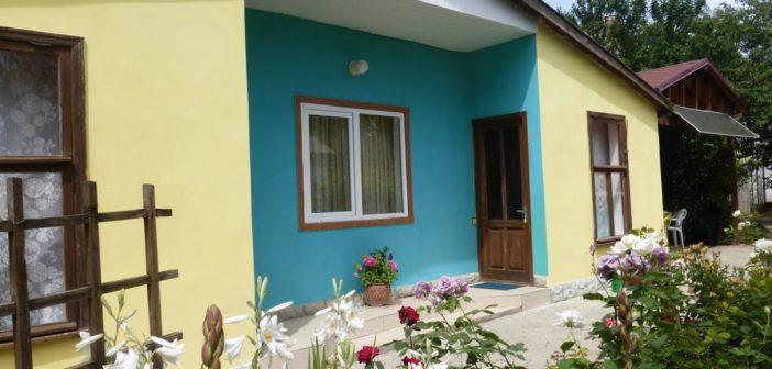 Guest House Uyut (Приморский, Крым)