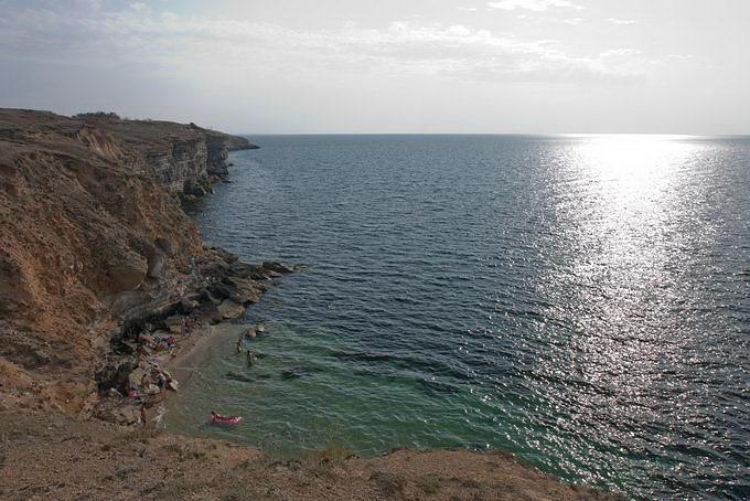Одинокая бухта (Межводное, Крым)