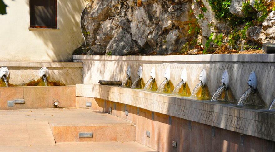 Венецианский фонтан (Спили, Крит)