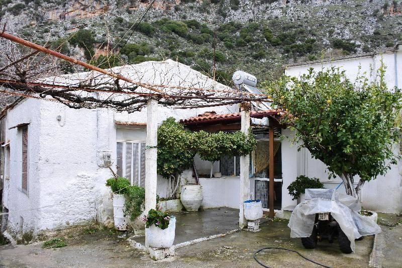 Экскурсия по Спили (Крит, Греция)