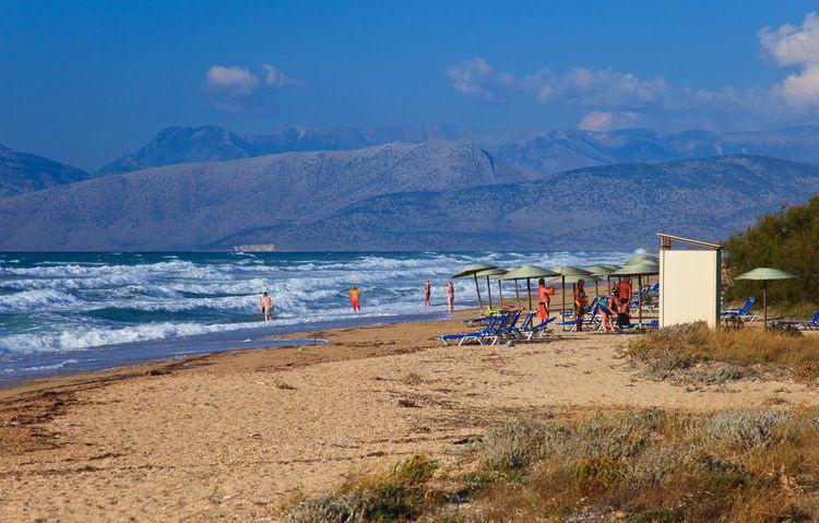 Отдых в Ахарави - отели и пляжи курорта (Корфу, Греция)