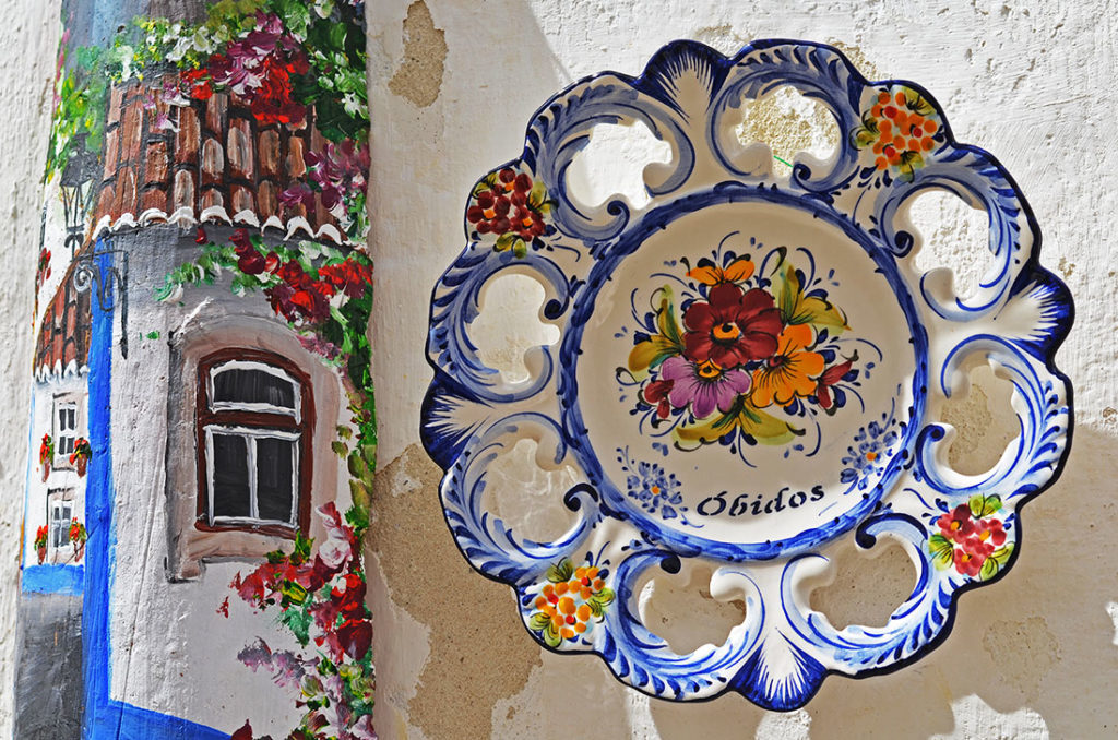 Какие сувениры привезти из Португалии