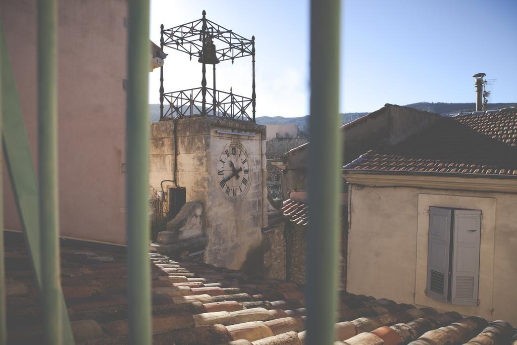 Отели Апта: вид из окна L'Aptois (Прованс, Франция)