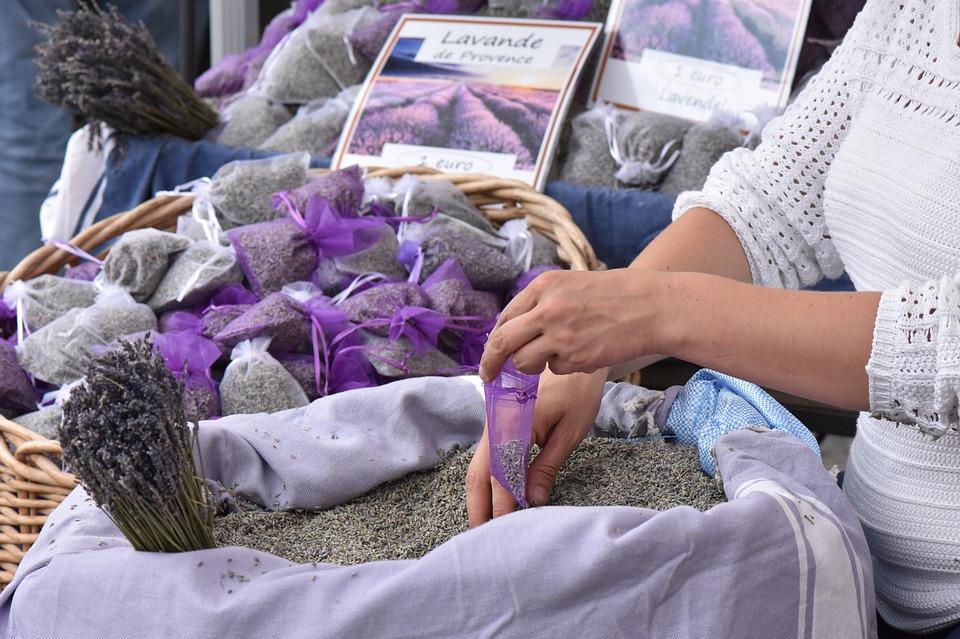 Фестиваль лаванды в Провансе: сувениры и покупки