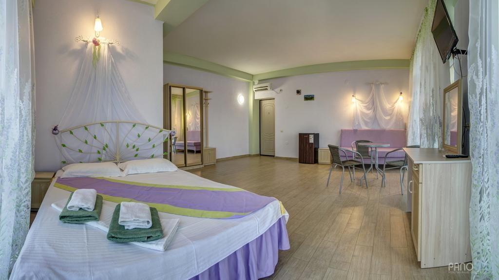 Недорогие отели в Симеизе: гостевой дом Лаванда