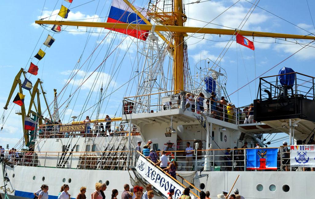 День открытого трапа на паруснике «Херсонес», Севастополь, Крым