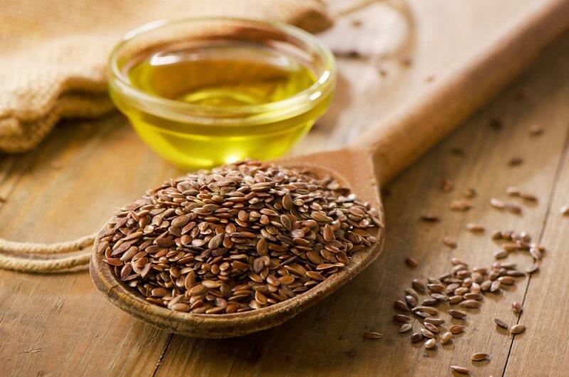 Как употреблять льняное масло - полезные свойства