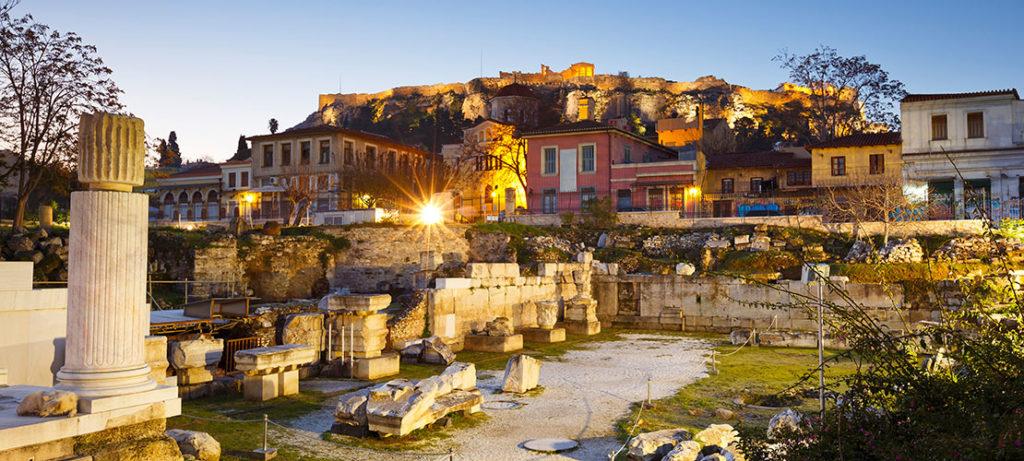 Вид на Акрополь с площади Монастираки Плака, Афины)