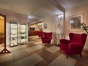 Отели Чехии: EA Hotel Jessenius в историческом здании Карловых Вар