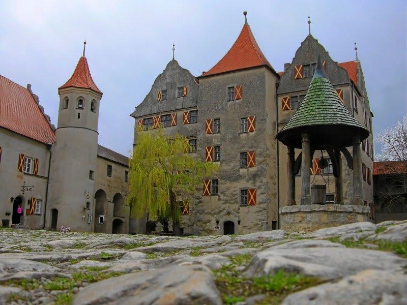 Лучшие замки Баварии: крепость в Харбурге