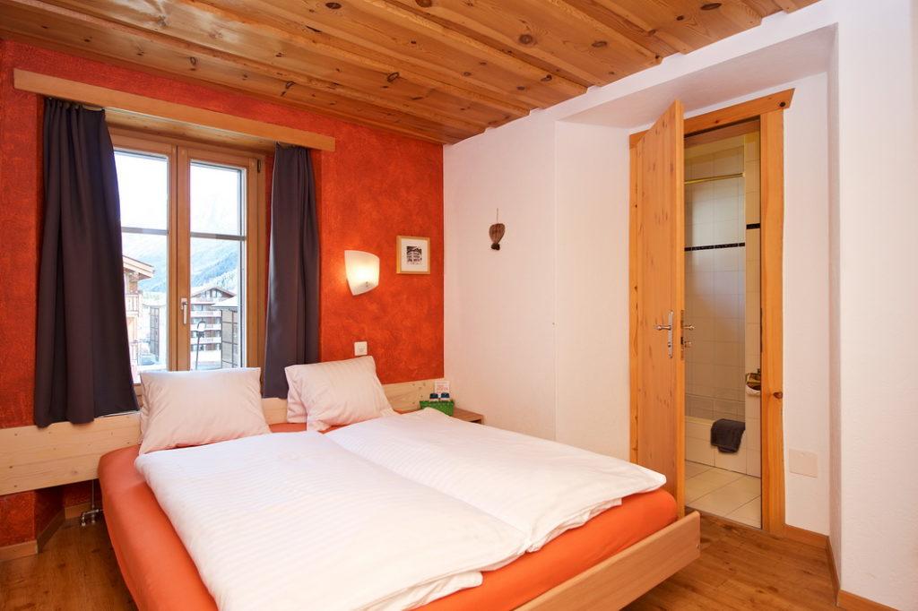 Двухместный номер в Hotel Bahnhof (Церматт, Швейцария)