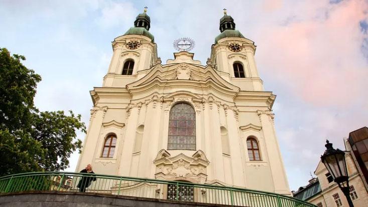 Интересные места в Карловых Варах: церковь св. Марии Магдалены