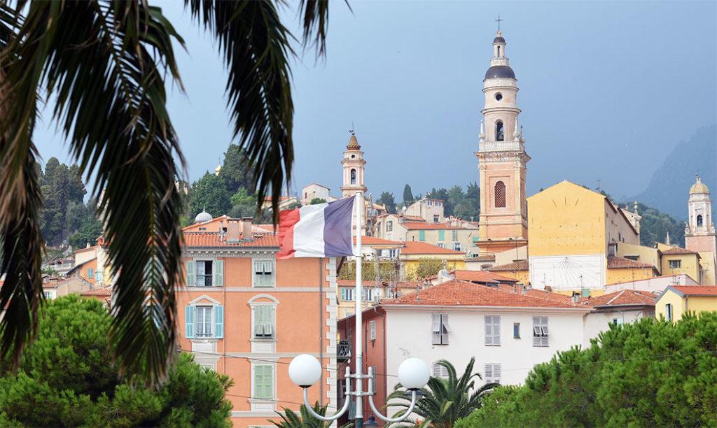 Отдых в Ментон (Прованс, Франция) ницца 10 мест, куда можно поехать из Ниццы. menton france 2 1024x612
