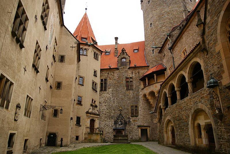 Достопримечательности Оломоуца: замок Боузов