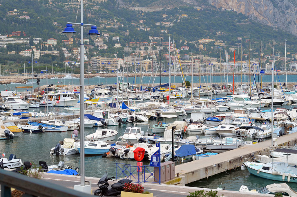Достопримечательности Лазурного берега: порт Ментона, Франция Отдых в Ментоне Отдых в Ментоне menton france 9 1024x678