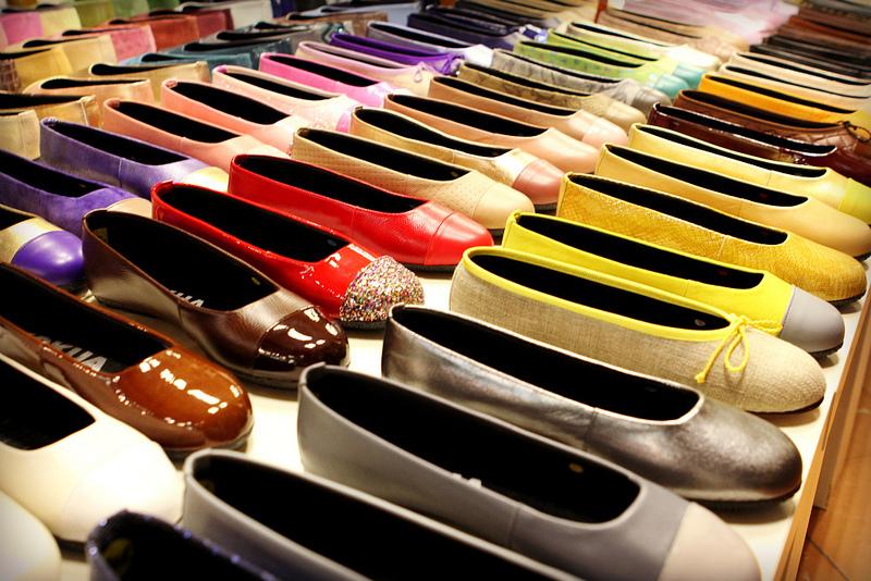 Сувениры из Барселоны: кожаные балетки