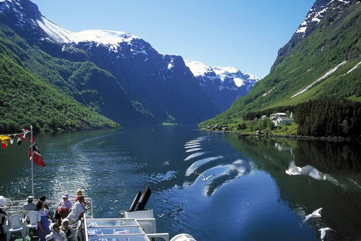 Экскурсии по Согне-фьорду, Норвегия