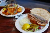 Еда в Амстердаме — что попробовать из блюд и десертов