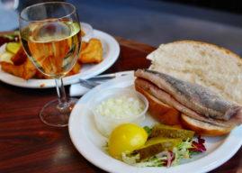 Что попробовать в Амстердаме: 10 лучших блюд и закусок
