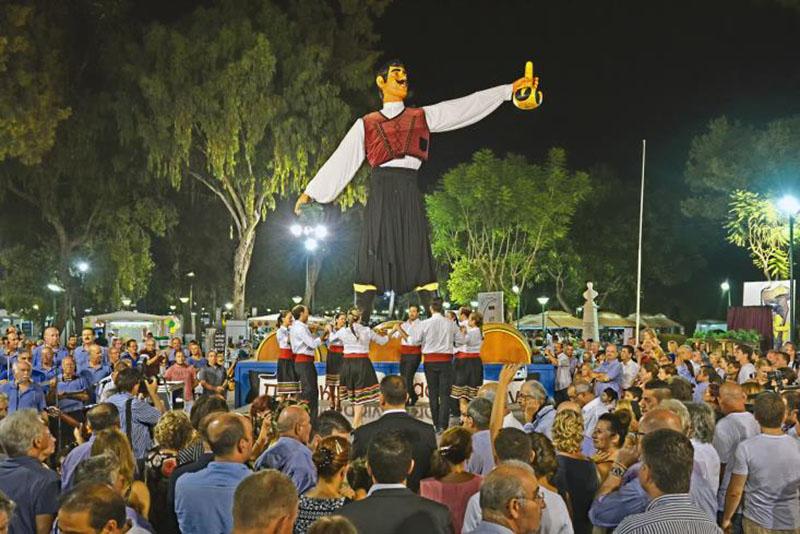 Как проходит винный фестиваль в Лимассоле, Кипр