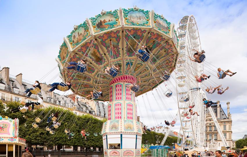 Фестивали Парижа: гулянья в День смеха