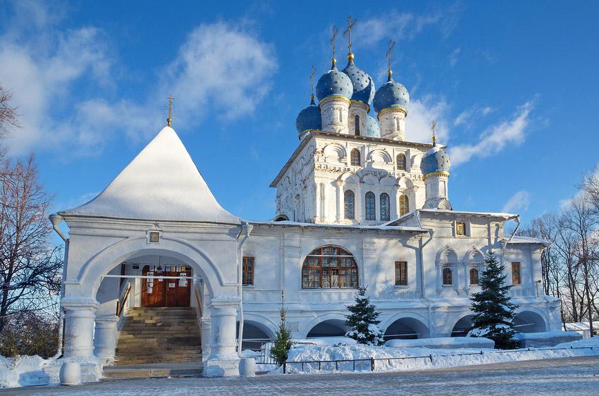 Церковь Казанской иконы Божией Матери в парке Коломенское, Москва