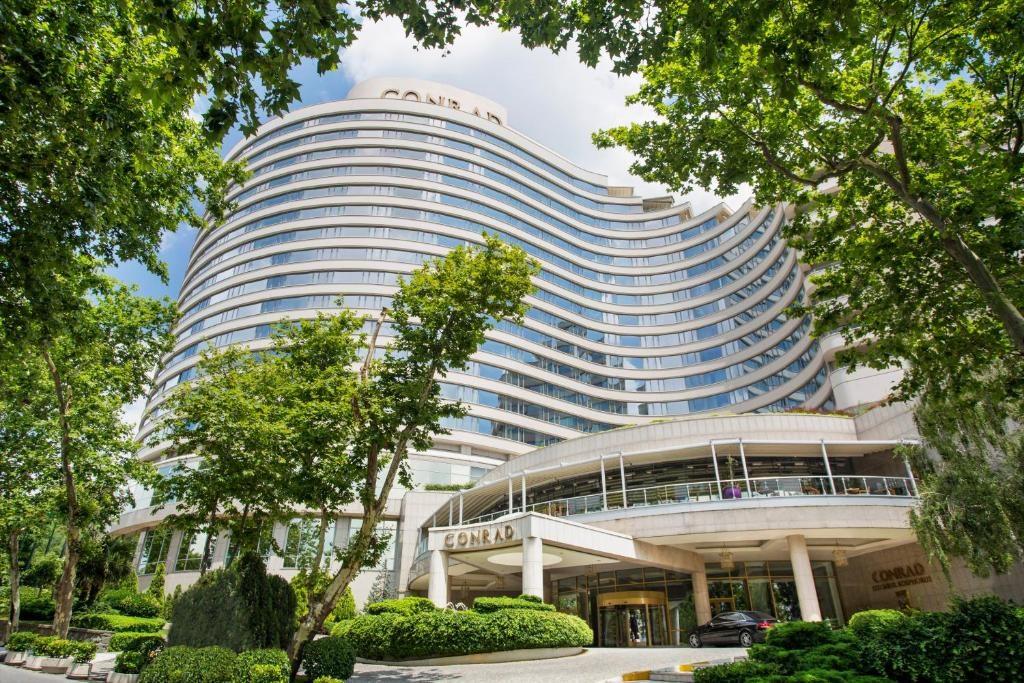 Отель 5 звезд Conrad Istanbul Bosphorus в Стамбуле