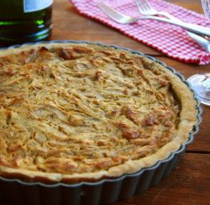 Французский луковый «тарт»: ингредиенты, рецепт приготовления, фото