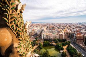 Панорама города со смотровой площадки Саграда Фамилия, Барселона