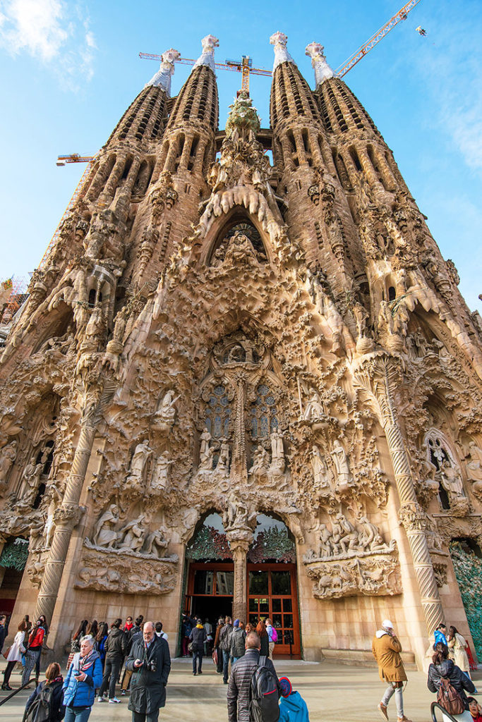 Собор Святого Семейства в Барселоне: экскурсии и входные билеты