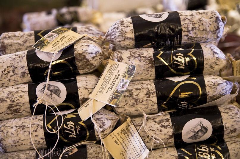 Что попробовать во Флоренции: салями