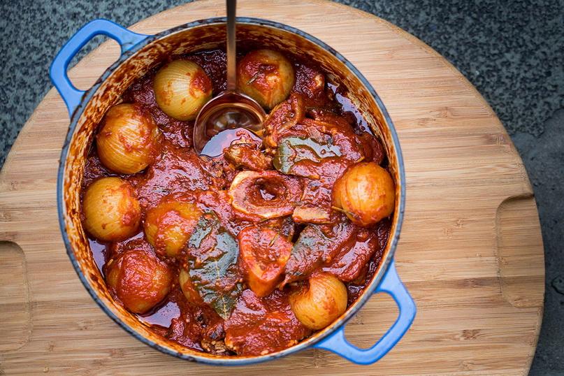 Что попробовать на Крите из мясных блюд — стифадо